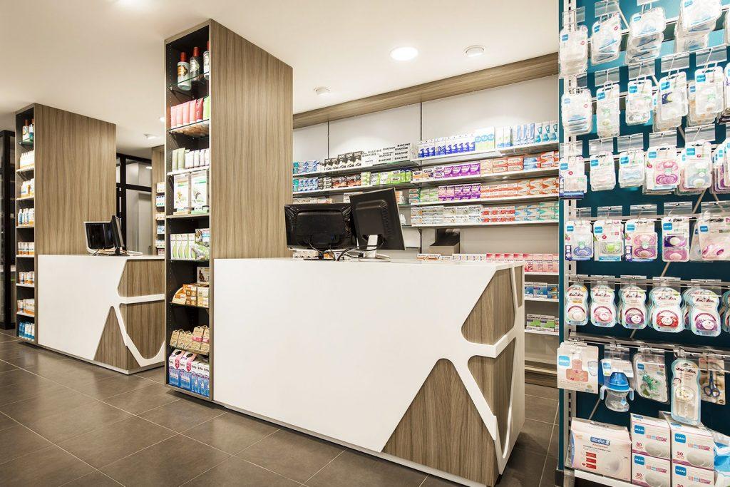 Pharmacie de l'Observatoire, Mme. Fontanaist